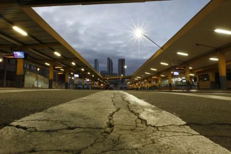 O terminal do Guadalupe amanheceu deserto nesta quarta. Foto: Jonathan Campos/Gazeta do Povo